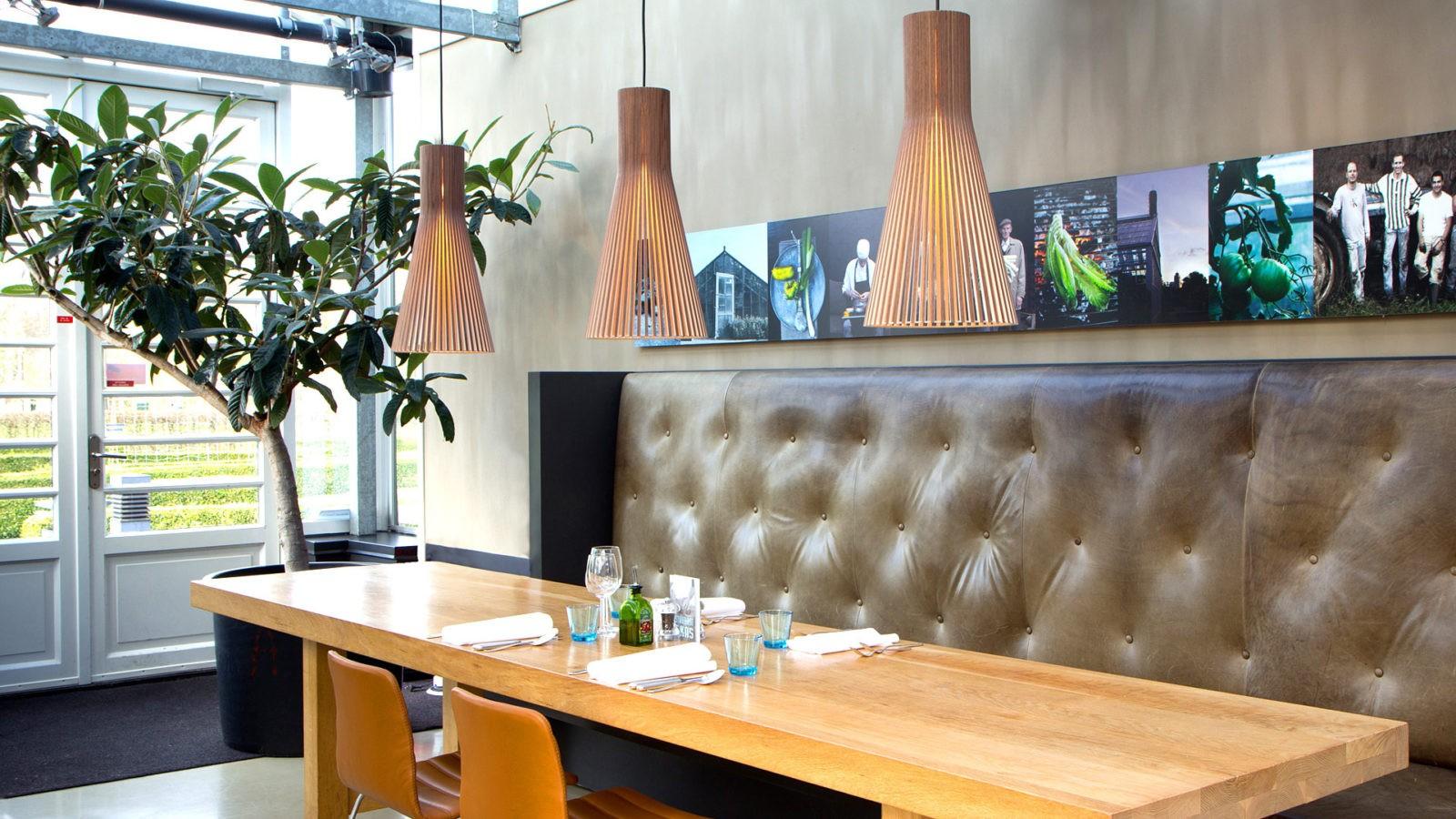 lampe-a-suspension-lausanne-pierre-et-bois-secto-design-suisse-lampes-luminaires-design-decoration-vaud-geneve-valais-fribourg-neuchatel-jura
